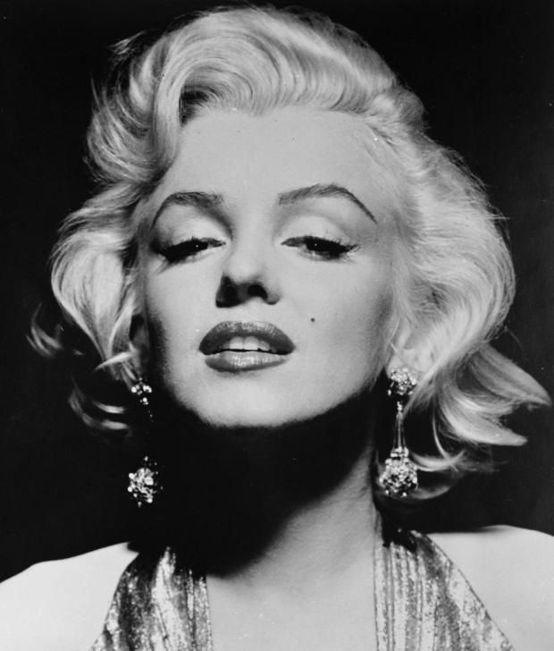 full-marilyn-monroe-face-1512999318
